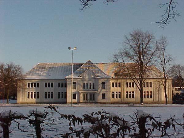 Sporthalle des Vereins TG Lage an der Eichenallee