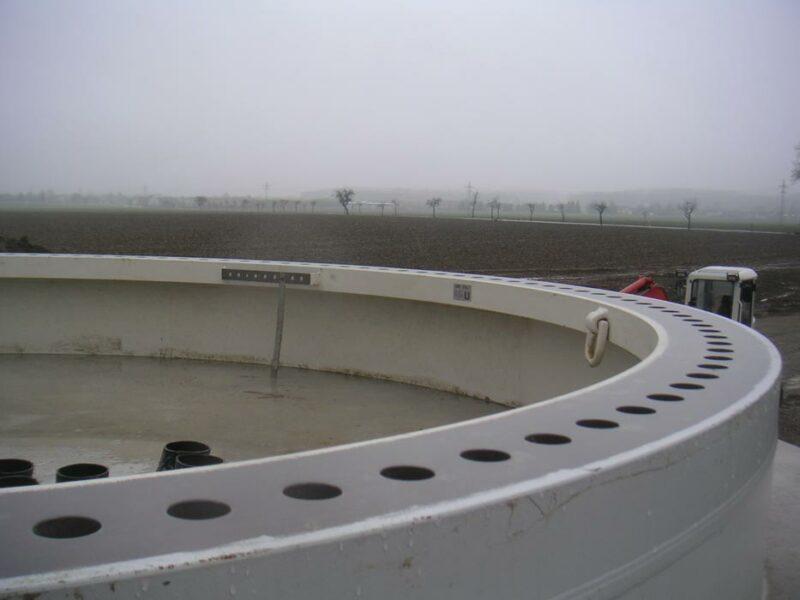 Fundament einer Windenergieanlage - hier beim Bau in Lage-Hardissen