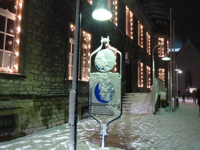 Historisches Rathaus Lage im Winter