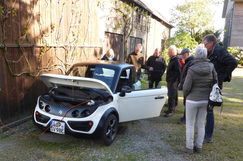 Radtour Erneuerbare Energien - E-Auto an der Steckdose