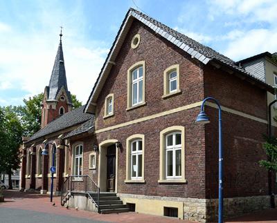 Bürgerhaus - ehemalige katholische Kirche
