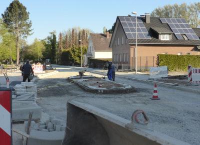 Bauarbeiten an der neuen Querungshilfe Pottenhauserstraße - Einmündung Weg von der Waldenburger Straße