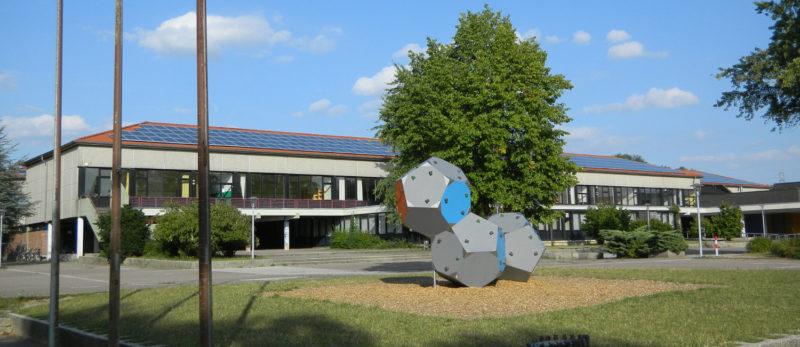 Fotovoltaik auf dem Schulzentrum in Lage