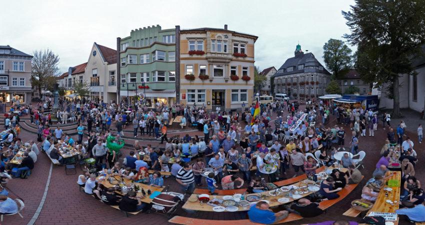 Essen auf dem Marktplatz Lage