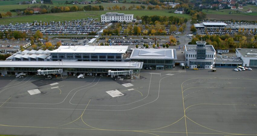 Luftbild Flughafen Paderborn