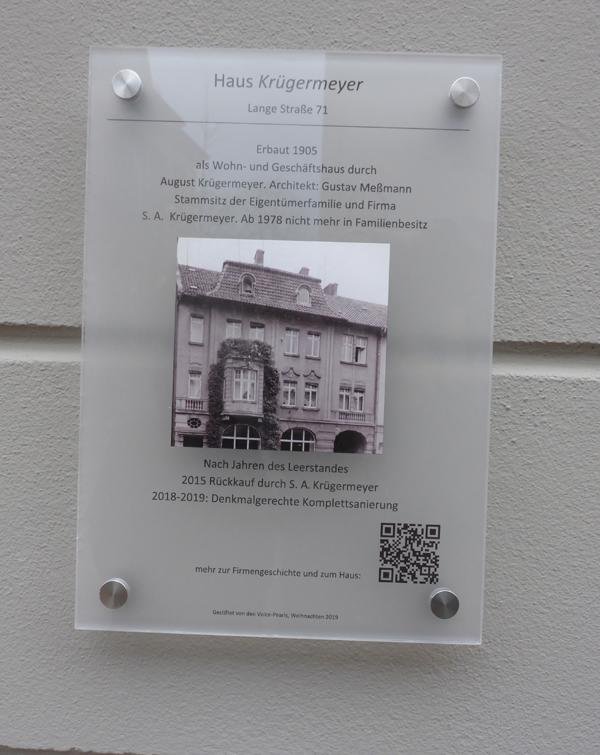 Denkmalschild am Haus Kügermeier