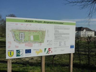 Bauschild zum Bürgerpark Eichenallee
