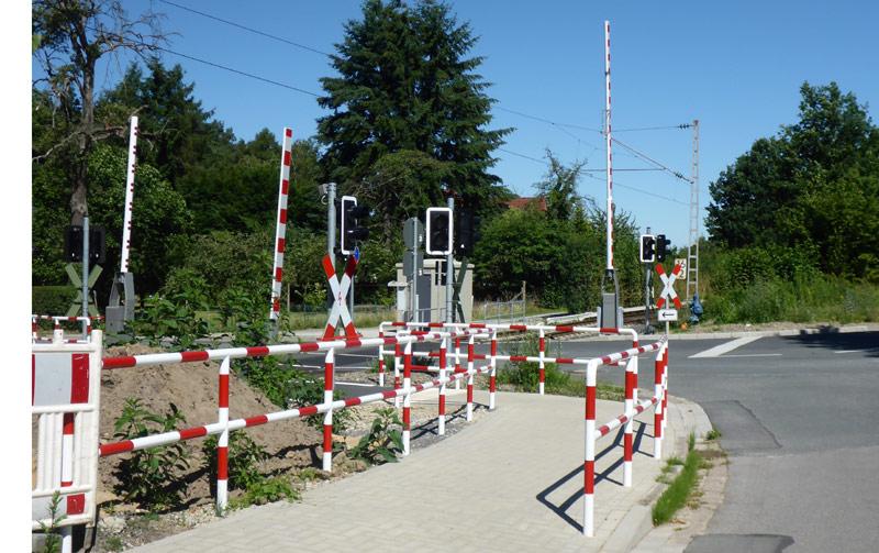 Bahnübergang der Strecke nach Herford an der Altdorfer Straße