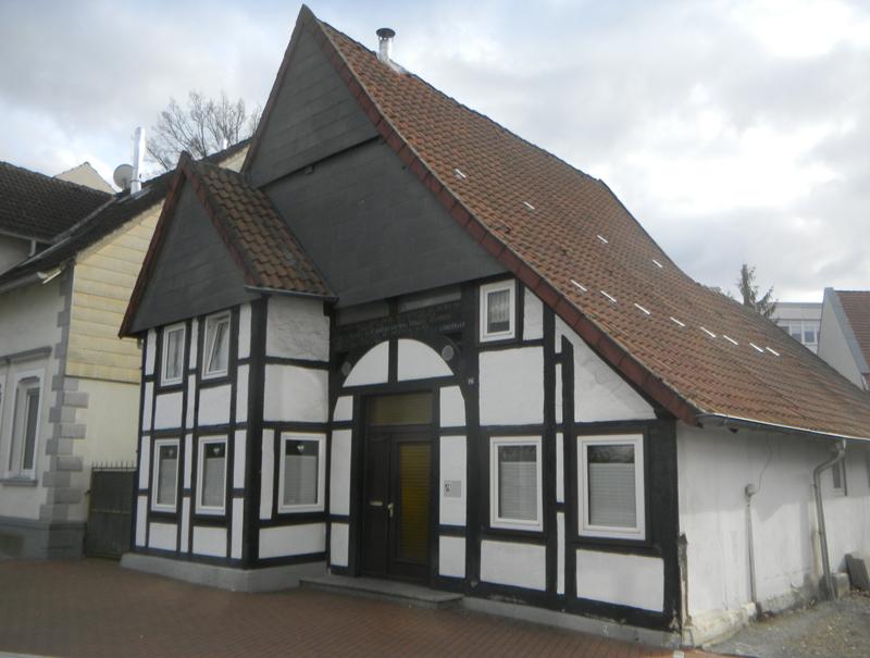 Denkmalgeschütztes Fachwerkhaus an der Rhienstraße, nähe Plaßplatz