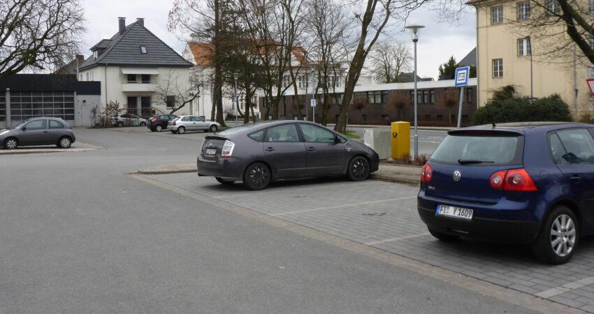 Park&Ride-Parkplätze am Bahnhof Lage - Sonntags nur mäßig genutzt