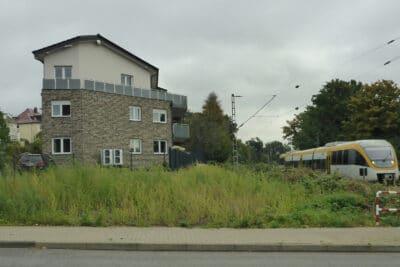 Gebäude am Küsterweg in Lage