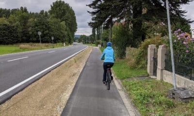 Erneuerter Radweg an der Pivitsheider Straße